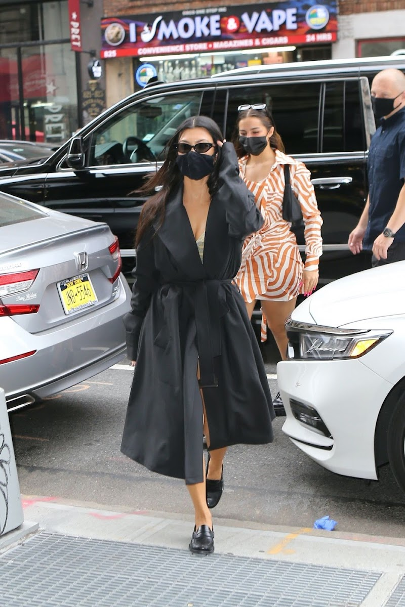 Addison Rae And Kourtney Kardashian, Leaves Their Hotel in New York 11 Oct -2020