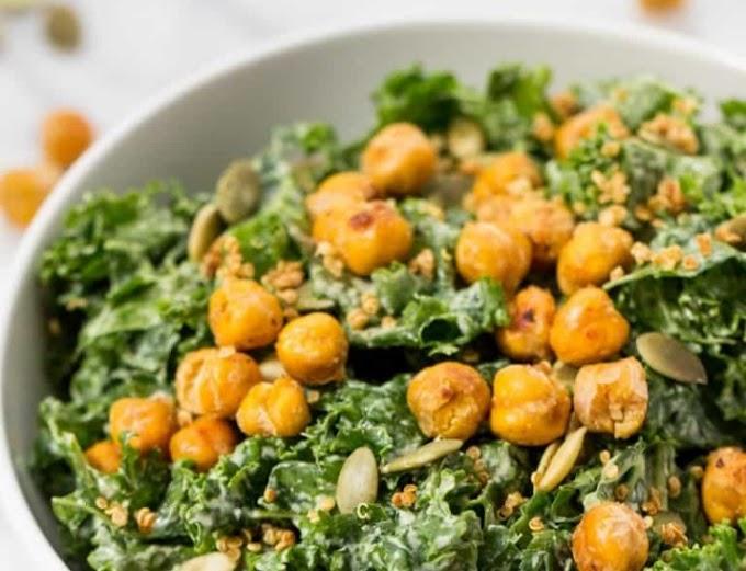 Kale Caesar Salad #vegan #salad