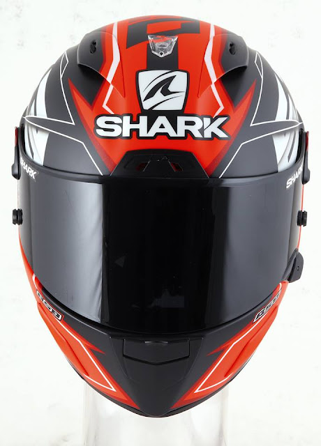 SHARK Race-R Pro GP M.Di Meglio dari depan