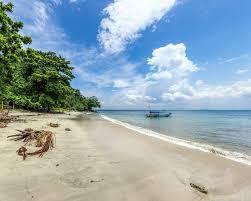https://www.wisatain.com/2019/11/4-destinasi-wisata-yang-ada-di-privinsi.html