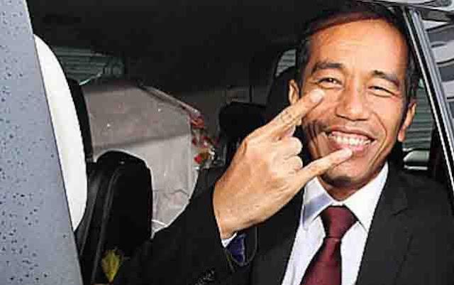 Elektabilitas Jokowi Jatuh di Pelaku Pasar Tradisional, Prabowo Naik