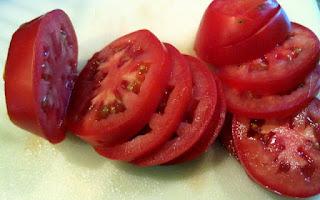 Hirisan tomato