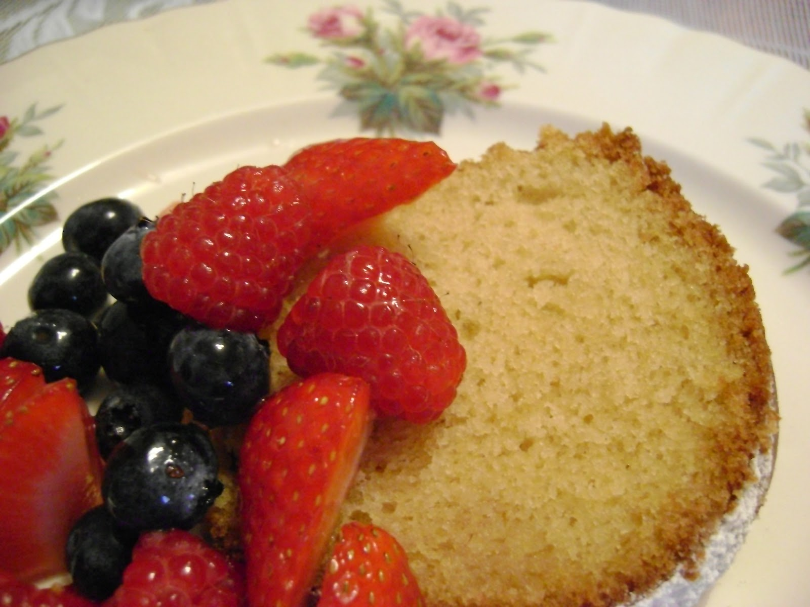 Garlic And Sapphires Vanilla Cake Recipe