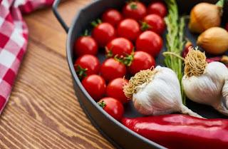 stok bahan makanan di kulkas cara menyimpan makanan di kulkas makanan yang harus tersedia di kulkas cara menyimpan makanan matang di kulkas cara menyimpan bahan makanan cara menyimpan sayur dan daging di kulkas cara menyimpan sayur di kulkas cara menyimpan sayur di kulkas dengan wadah buatlah teks petunjuk tentang penyimpanan makanan dalam kulkas apa saja yang bisa di simpan dalam kulkas makanan yang bisa disimpan di freezer apa yang biasa disimpan di lemari e