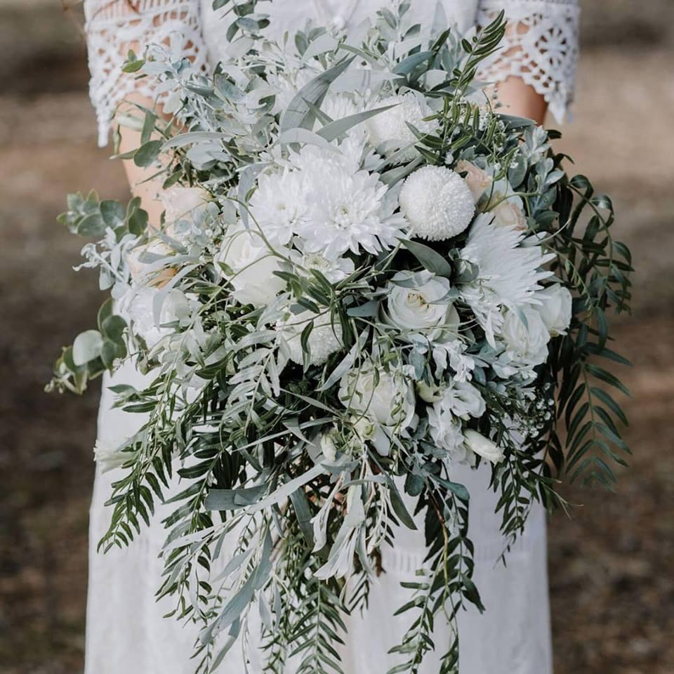 SAMUEL JACOB WEDDING PHOTOGRAPHY NEWCASTLE WEDDING FLORALS BOUQUETS
