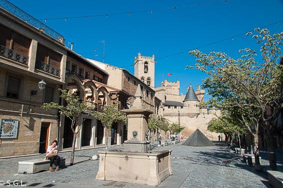 Palacio de Olite visto desde la Plaza de Carlos II el Noble