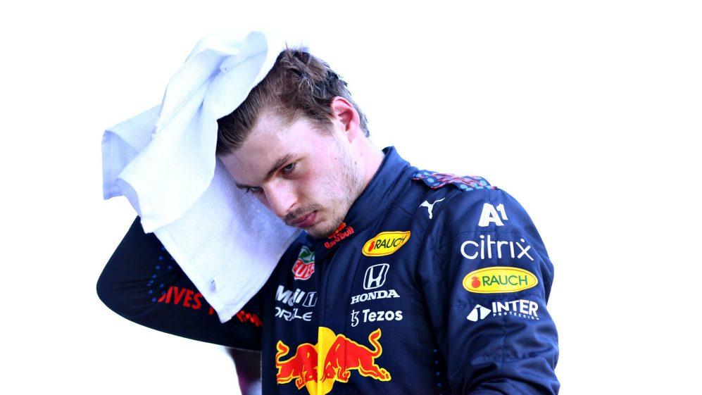 Verstappen amaldiçoa a qualificação 'estúpida' em Baku, pois perde outra chance de chegar à bandeira vermelha