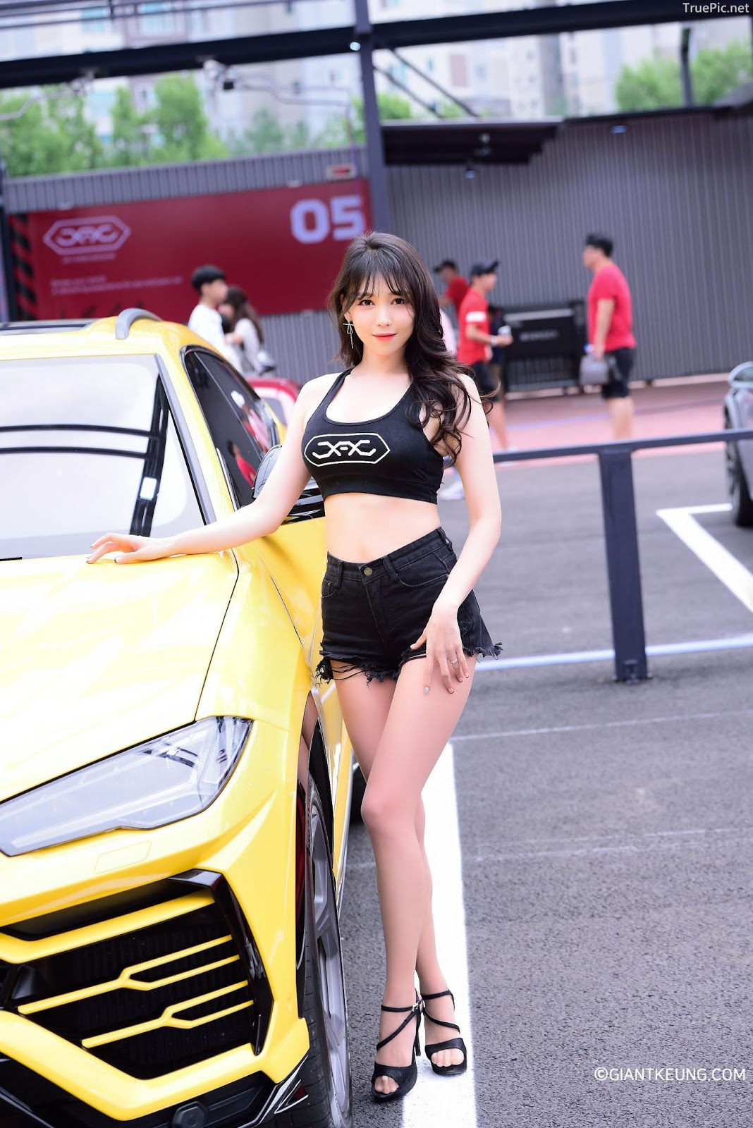 Korean Racing Model - Lee Eun Hye (이은혜) - JAJ Charity Motor Show 2019 - Picture 2