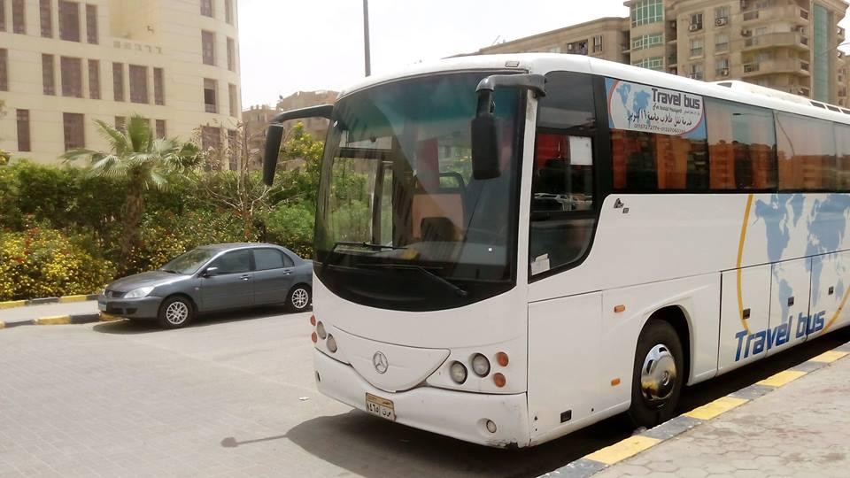 خدمة نقل طلاب جامعة 6 اكتوبر ترافل باص