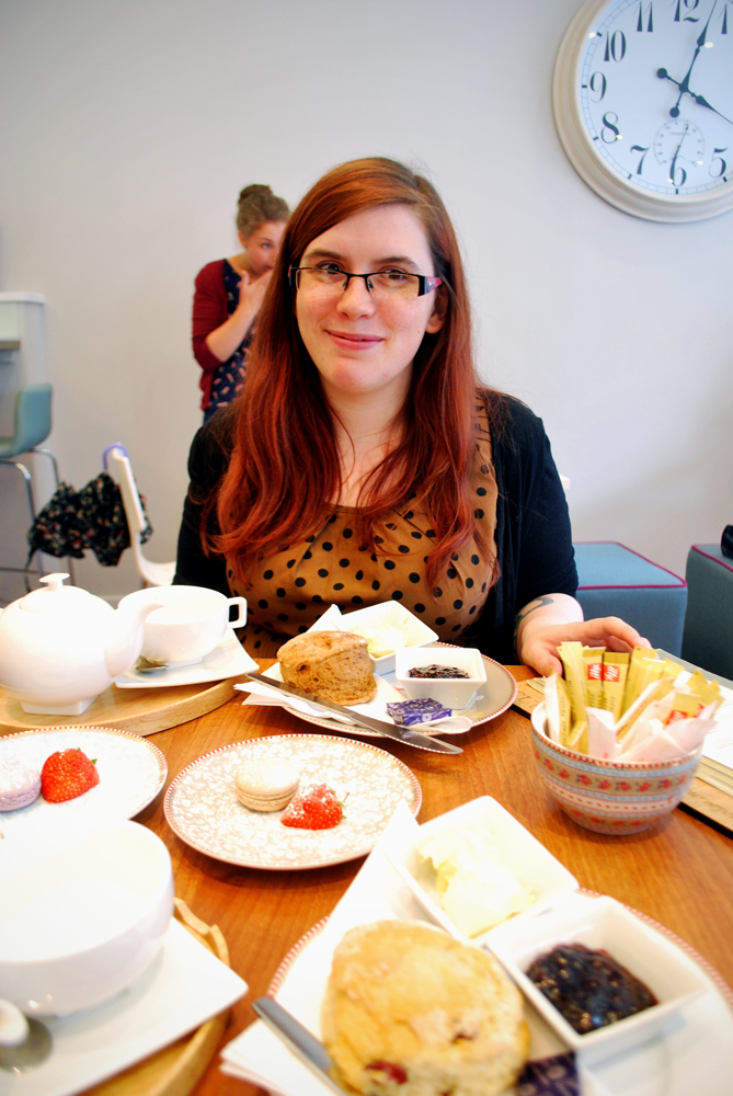 Tea and scones at Cup Aberdeen