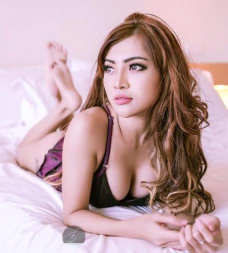 Download Foto Sexy Hot Tika Kaunang Model Hot Sexy Majalah Dewasa Indonesia   Tika Angelica Kaunang - www.insight-zone.com