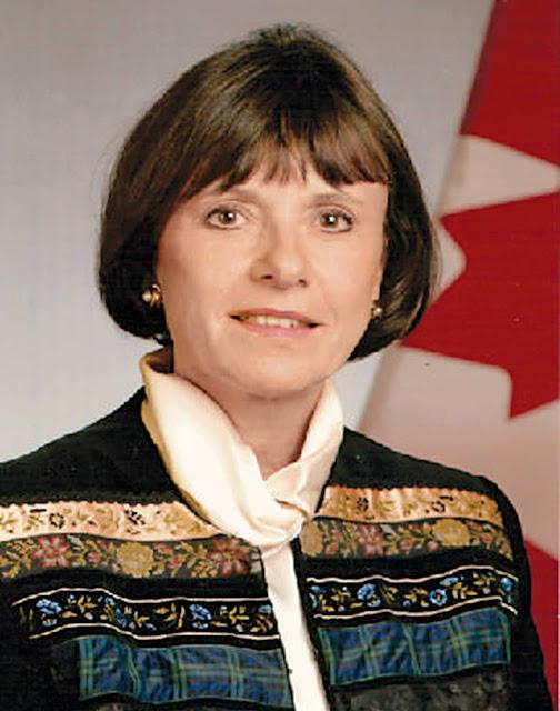 Την πρωτοβουλία για την αναγνώριση της γενοκτονίας των Ποντίων ξεκίνησε στις 6 Φεβρουαρίου στη Γερουσία του Καναδά η γερουσιαστής Πάνα Μέρτσαντ, της οποίας ο πατέρας και η οικογένειά του ξεριζώθηκαν από τη Σμύρνη