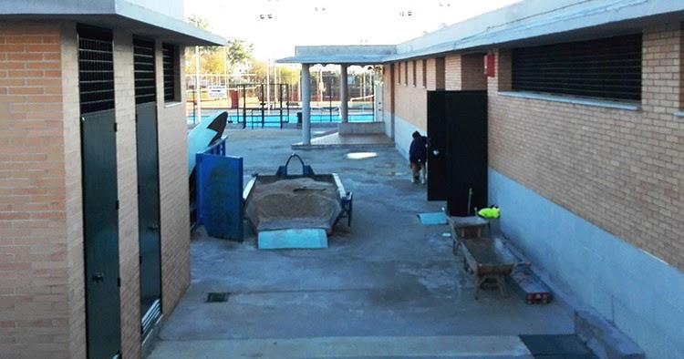 La piscina cubierta de ram n y cajal permanecer cerrada for Piscina cubierta dos hermanas