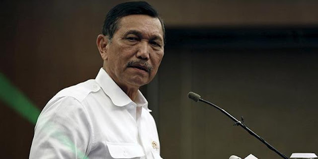 Luhut Pandjaitan Berwenang Menegur Presiden Joko Widodo