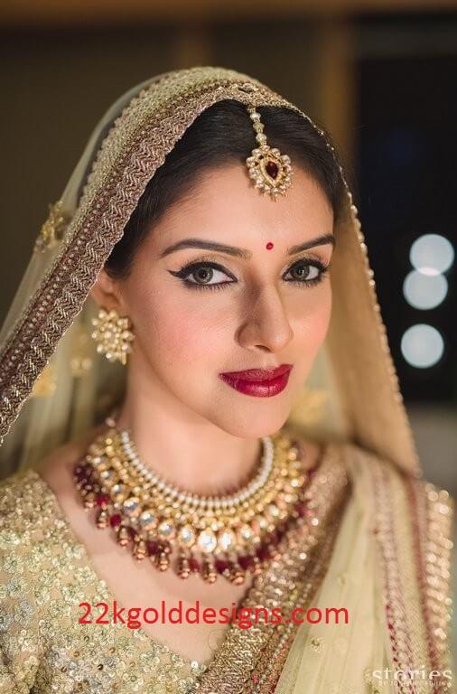Asin Thottumkal Wedding Jewellery