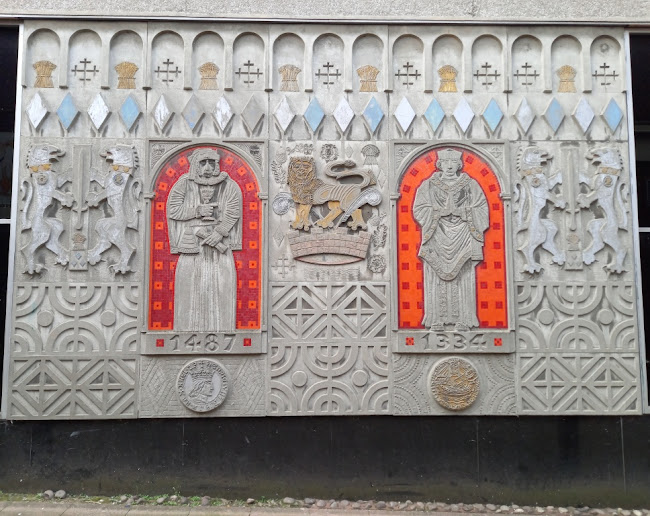 Mural artwork on the old BHS at the Merseyway in Stockport