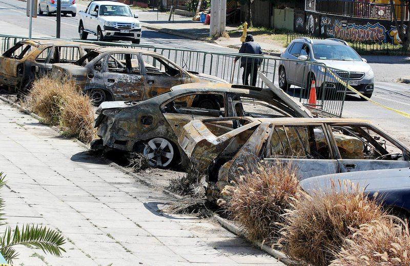 Así quedaron los autos que estaban en la comisaría de Concón atacada