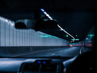 10 travel safety tips when driving at night