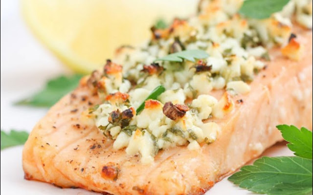 Feta and Herb Crusted Salmon #healthy #keto
