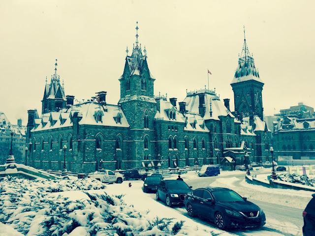 Snowy Parliament, Ottawa, 2016