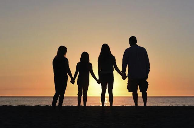Jangan Beranggapan Istri Tidak Bekerja Akan Mengurangi Rezeki Keluarga