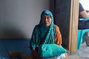 Air Mata Bahagia Nenek Mahawiah Dapat Kado 'Bedah Rumah' Dari Resmob Polres Luwu Utara