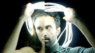 """Lucy. tutorial for a ritual"", σε ιδέα και χορογραφία arisandmartha (Άρης Παπαδόπουλος, Μάρθα Πασακοπούλου)"