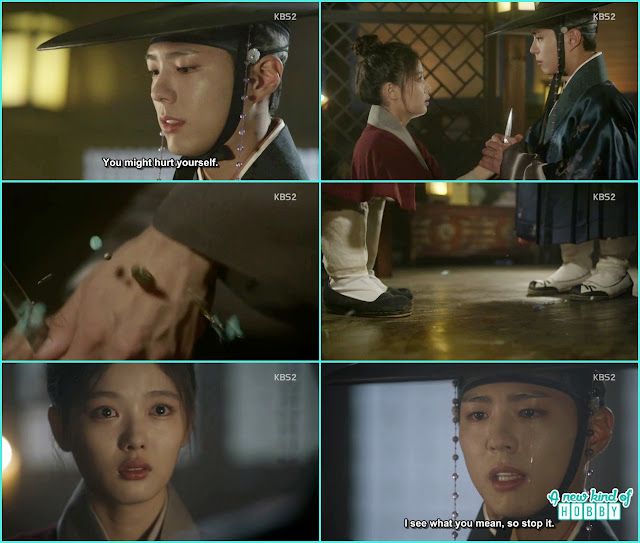 ra on put aknife on crown prince and he cut his couple bracelet with that knife  - Love In The Moonlight - Episode 15 Review (Eng Sub) - park bo gum & kim you jung