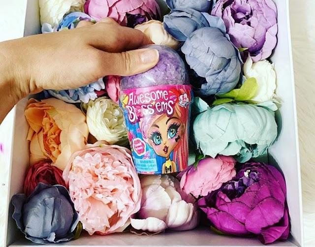Ароматные куклы Awesome Bloss'ems в цветочных горшках