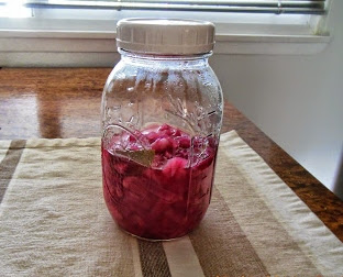 How to make Quick Pickled Onions