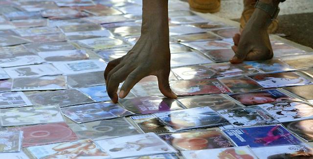 """Los obispos españoles sostienen que piratear películas """"es pecado"""""""