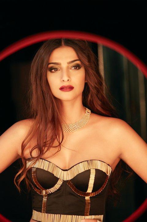 Sonam Kapoor hot 6