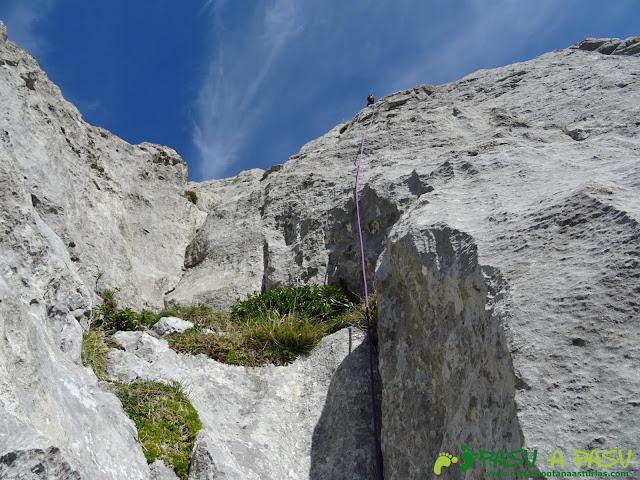 Ruta Requexón - Cotalba: Rápel desde abajo