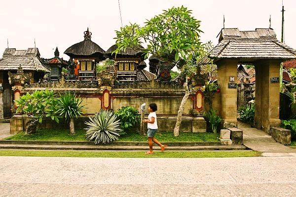 9 Posisi Pintu Masuk Rumah sesuai Arsitektur Tradisional Bali