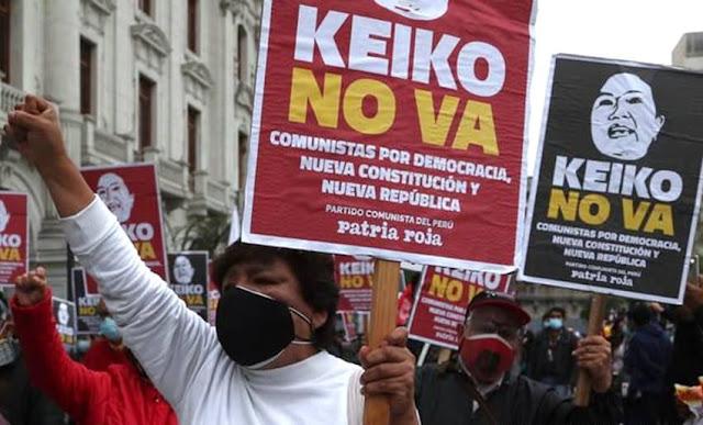 Miles marcharon contra Keiko Fujimori