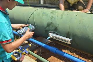 Cara menghitung flow rate pompa menggunakan flow meter portable