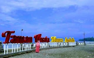 Pantai Muara Indah Lampung