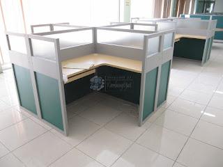 Custom Furniture Semarang - Cubicle Workstation Desain Terbaru 2019