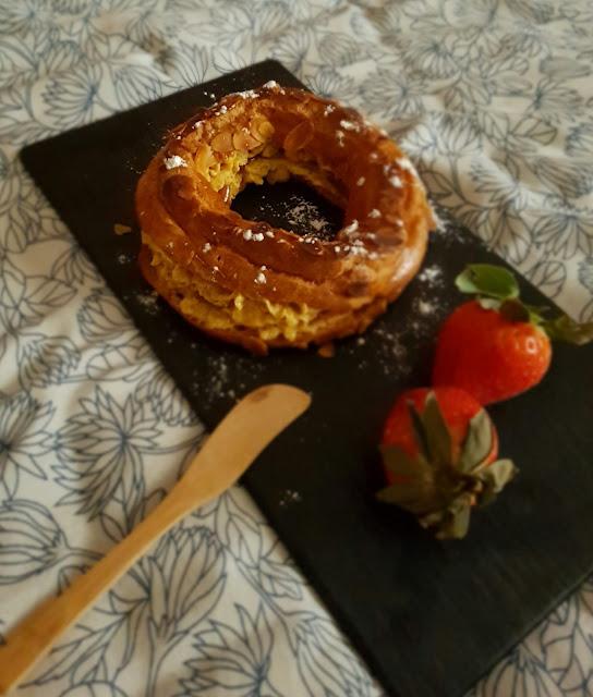 paris-brest-de-fresa, praline-de-pistacho