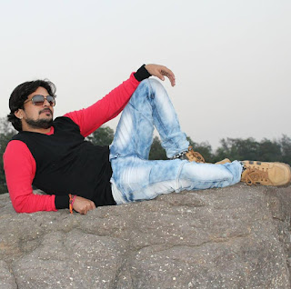 भोजपुरी के स्टार  कलाकार संदीप राजपूत के होली सांग्स