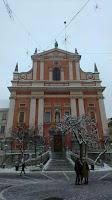Mirando a Frančiškanska cerkev Marijinega oznanjenja (Iglesia Franciscana de la Anunciación)