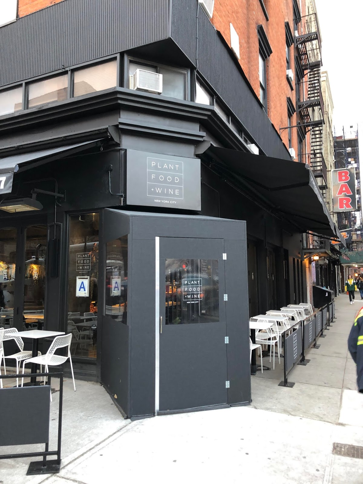 Cucina Restaurant In Nyc Ev Grieve Matthew Kenney Expands His 2nd Avenue Plant Based