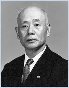 Presiden pertama Canon bernama Takeshi Mitarai. Canon berawal dari sebuah laboratorium Precision Optical Instruments, yang didirikan di Roppongi, Minato-ku, Tokyo, Jepang pada tahun 1933 untuk melakukan penelitian mengenai kualitas sebuah kamera.