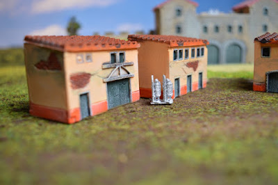 Set of 4 Roman Houses 1:144 (10-12mm) (Code: nj-144_rom2) 2