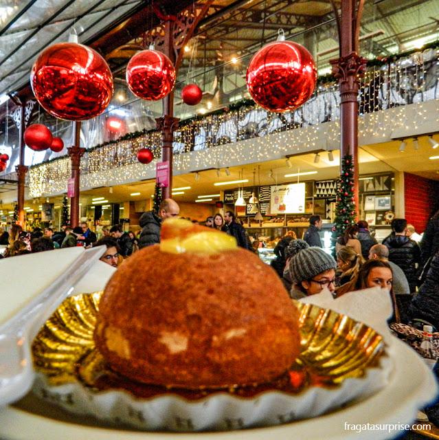 Babà alla mandarina, sobremesa servida no Mercado Central de Florença