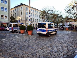 Polizei am Stadtplatz Traunstein