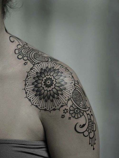 kadın omuz dövmeleri mandala style woman shoulder tattoos