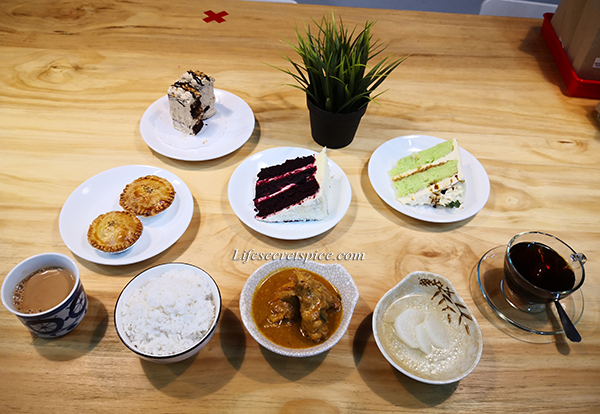 Veestronomy Cafe, Klang - With Cubic box rentals and Childfriendly cafe