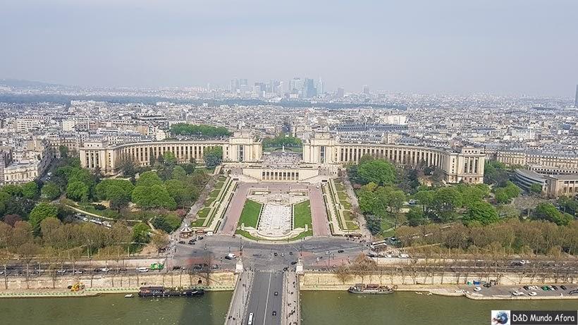 Praça Trocadéro vista da Torre Eiffel - Diário de Bordo - 3 dias em Paris