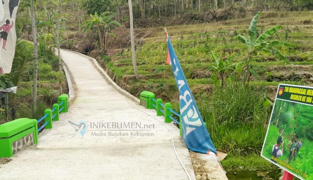 Jembatan Baru Berhasil Dibangun Satgas TMMD ke-106 di Desa Rahayu